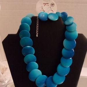 Nwts True Blue Bliss Necklace & Earrings. K19-2